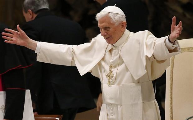 pope-benedict-2_2479628b
