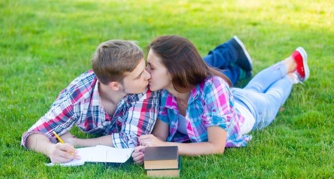I rapporti sessuali prima e durante il matrimonio. Ne..