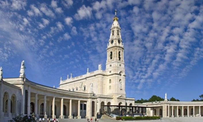 Santuario_di_Fatima_Portogallo_Basilica_di_Nostra_Signora_del_Rosario