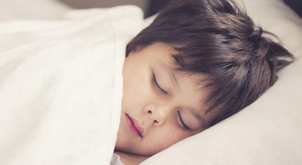 bambini-quando-iniziano-a-sognare-3929616235[1642]x[684]780x325