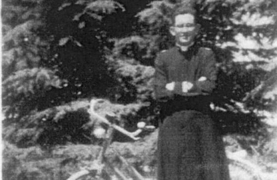 Don Loris Capovilla in uno scatto nel 1943