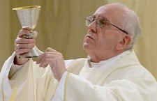 Papa Francesco: la vera dottrina unisce, l'ideologia invece divide