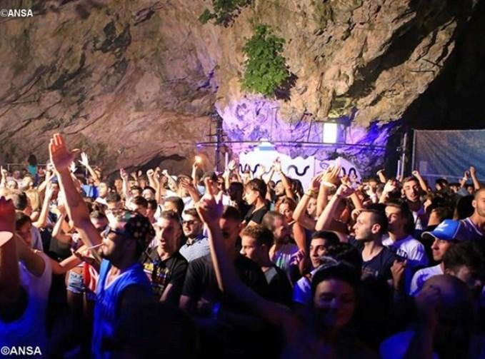 Viterbo: la Chiesa arriva in discoteca con il #grestparty