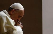 Papa Francesco: 'questa è la preghiera che recito prima di andare a dormire'