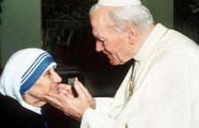 Il giorno in cui Giovanni Paolo II baciò Madre Teresa e con lei tutti i moribondi di Calcutta!