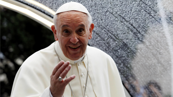 800 anni dopo, papa Francesco ridà a san Francesco ciò che la Curia gli aveva tolto