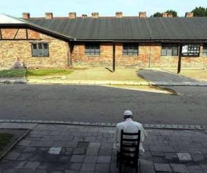 Il silenzio del Papa ad Auschwitz condizione per la memoria