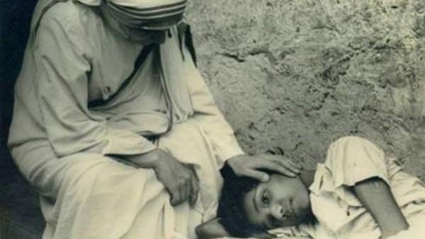 Madre Teresa -6 al grande giorno! Madre Santa, prega per i giovani!