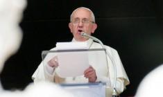 Papa Francesco ai terremotati: appena possibile verrò a trovarvi, la Chiesa è con voi