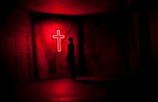 Ero satanista! Poi Michela si è fidata di Cristo. Ci racconta come è morta. Ma soprattutto come è risorta!