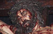 Ecco l'immagine del volto Santo di Gesù che sanguina due volte a Cotonou, nel Benin