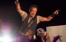 Tra la Bibbia e la preghiera: così oggi Bruce Springsteen 'The Boss', canta la sua profonda fede