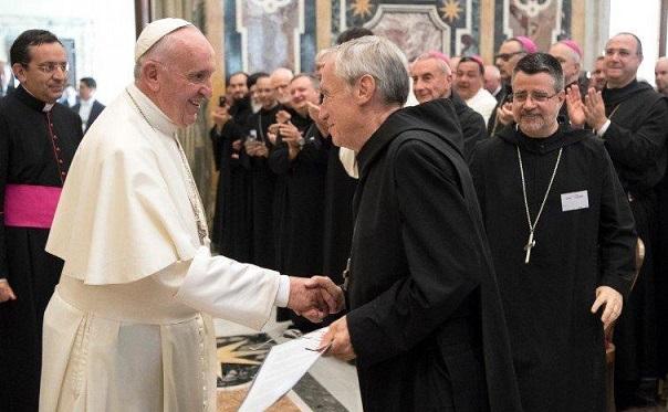 papa-francesco-ad-abati-benedettini