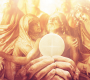 Il 'potere immenso' da riscoprire: il Sacerdote con l'Eucarestia tra le mani. Gesù ne parlò a Padre Pio