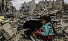 Una pioggia di fuoco sulla Siria. Ad Aleppo 90 morti sotto le bombe, con molti bambini!