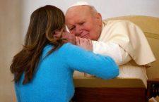 Grazie a te, donna! La stupenda preghiera di Giovanni Paolo II che anche oggi risuona nel cuore