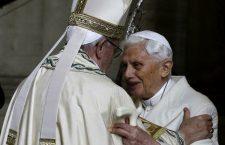 Papa Francesco consegnerà il Premio Ratzinger a Biffi e Kourempeles
