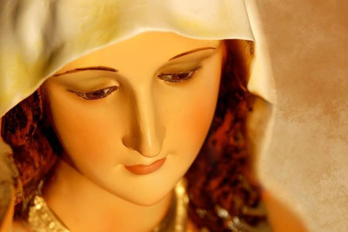 web-blessed-virgin-mary-close-up-mbolina-shutterstock_453828706