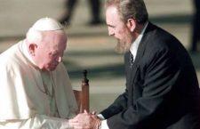 Quando Navarro Valls raccontò di come Giovanni Paolo II convinse Fidel Castro a festeggiare il Natale a Cuba