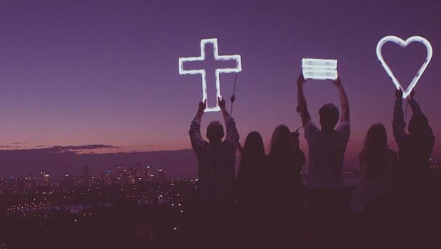 carrying-the-cross-hillsong-collected