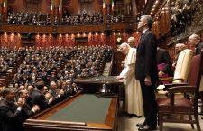 Il 14 novembre del 2002 la visita storica di Giovanni Paolo II al Parlamento italiano