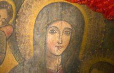 «Quando il cielo baciò la terra nacque Maria» : il canto mistico di Alda Merini alla Madonna