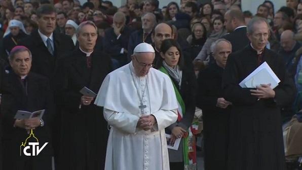 La preghiera di Papa Francesco all'Immacolata a Piazza di Spagna