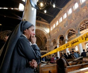 Strage di cristiani in Egitto/Francesco prega per chi annuncia il Natale col martirio