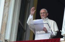 Papa Francesco: la Chiesa è chiamata ad indicare Gesù alla gente! Questa è la nostra missione