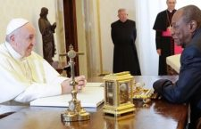 Migranti e Pace i temi nell'incontro di Papa Francesco con il presidente della Guinea