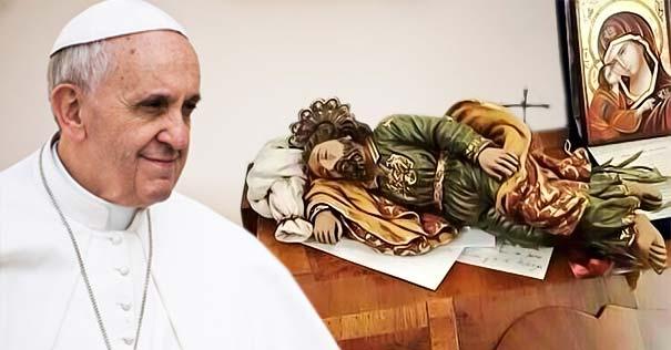 Papa Francesco San Giuseppe dormiente