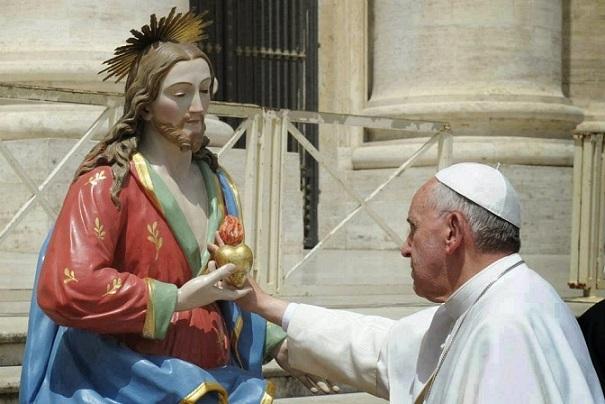 Papa Francesco e il Sacro Cuore