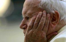 Giovanni Paolo II aveva chiesto di ripristinare la preghiera a San Michele Arcangelo! Facciamolo