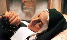 Quel giorno che il corpo di Santa Bernadette Soubirous venne esumato e ritrovato intatto