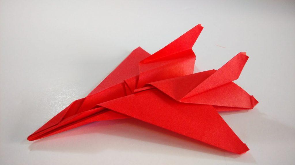 Sono progettati per essere lanciati da un aereo in volo e Otherlab assicura  che possono percorrere fino a 150 chilometri e atterrare entro un raggio di  soli ... 22dd020a74ee