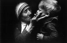 La bella preghiera di Madre Teresa per tutti i bambini! Ma la devono recitare soprattutto gli adulti!