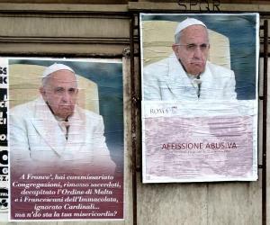 MANIFESTI CONTRO FRANCESCO/ L'offesa a Benedetto XVI ha fatto scuola