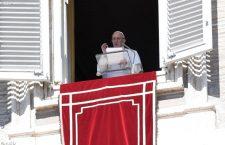 Papa Francesco: grazie ai milanesi per l'accoglienza, mi sono sentito a casa!
