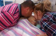 Dio ha salvato la nostra bambina! Bella ha 18 mesi e stava morendo, ma ieri pomeriggio…