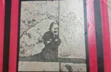 Cosenza, su una mattonella spunta l'immagine di Padre Pio: si grida al miracolo