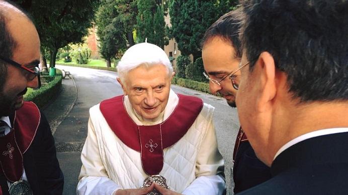 Benedetto XVI con biancavillesi