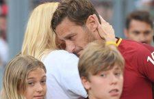 L'incredibile addio al calcio di Francesco Totti: 'Spenta la luce, ora ho paura'