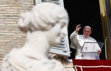 Papa Francesco: 'Tacciano le armi in Africa'. Una preghiera per la Cina e l'annuncio di 5 nuovi cardinali