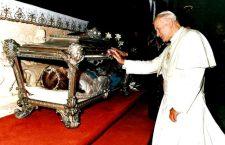 Quando Giovanni Paolo II dedicò a S. Maria Goretti la preghiera 'Bambina di Dio'