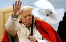 10 segreti di San Giovanni Paolo II che hanno fatto della sua vita una 'perla di misericordia'