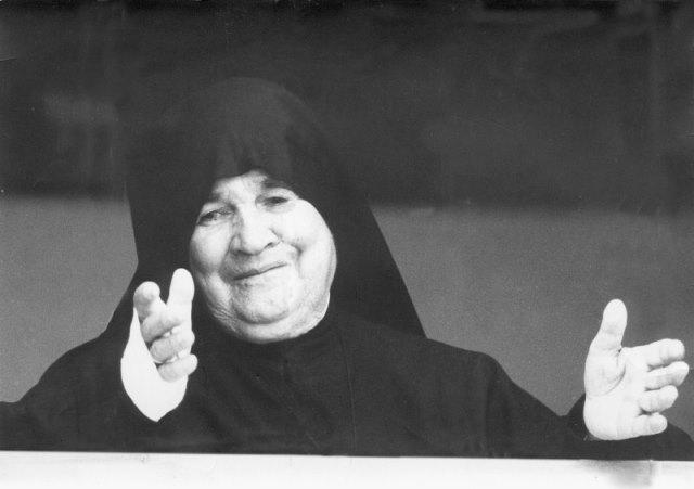 Preghiera Potente A Madre Speranza Per Chiedere Una Grazia Mediante