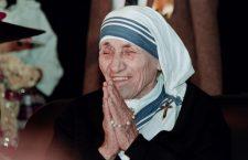 C'è una terribile battaglia senza esclusione di colpi che Madre Teresa ha vinto contro il demonio