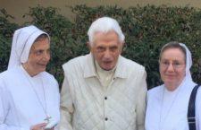 Salute di Benedetto XVI: c'è un tweet che rassicura tutti. Preghiamo per il Pontefice emerito