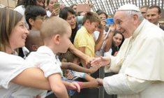 E ora  Papa Francesco diventa attore per i più piccoli