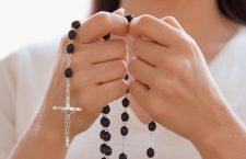 Ogni giorno una Lode a Maria  – 15 ottobre – Madre del Santo Rosario e preziosità della corona